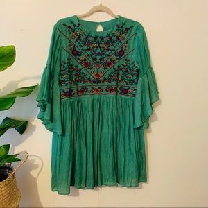 Umgee embroidered dress size M